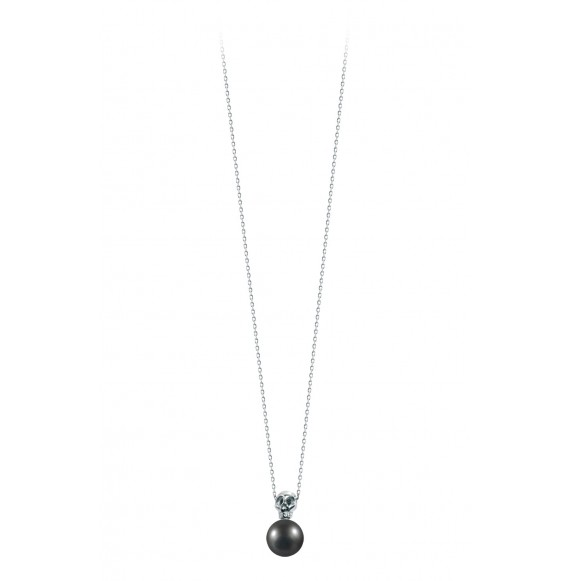 Linked pearly skull necklace