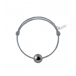 Baby pearly Tahitian pearl