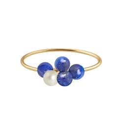 Bouquet of pearls ring